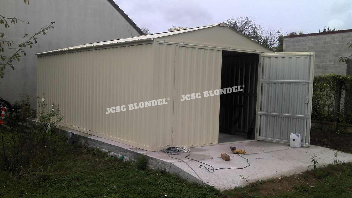 Abris de jardins seine et marne r novation maisons for Garage 4x4 seine et marne
